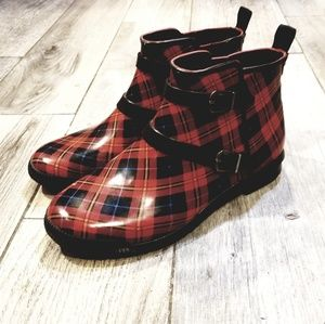 Red plaid short rain boots size 8